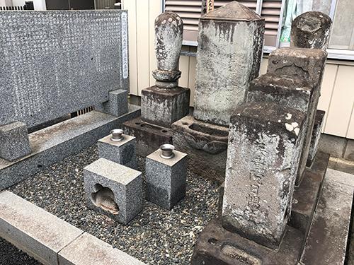 歴代住職墓